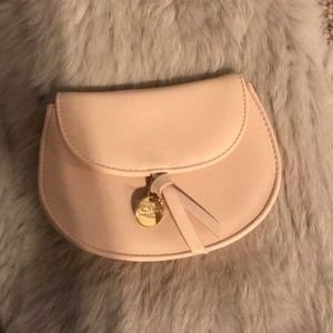 Chloe small pouch